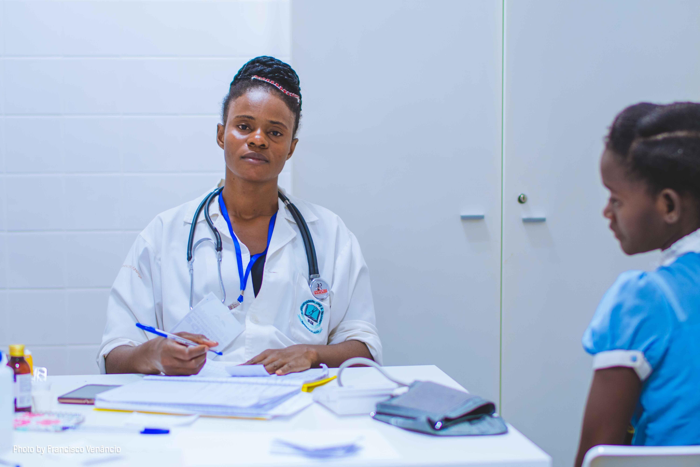 A healthcare professional | Source: Unsplash.com