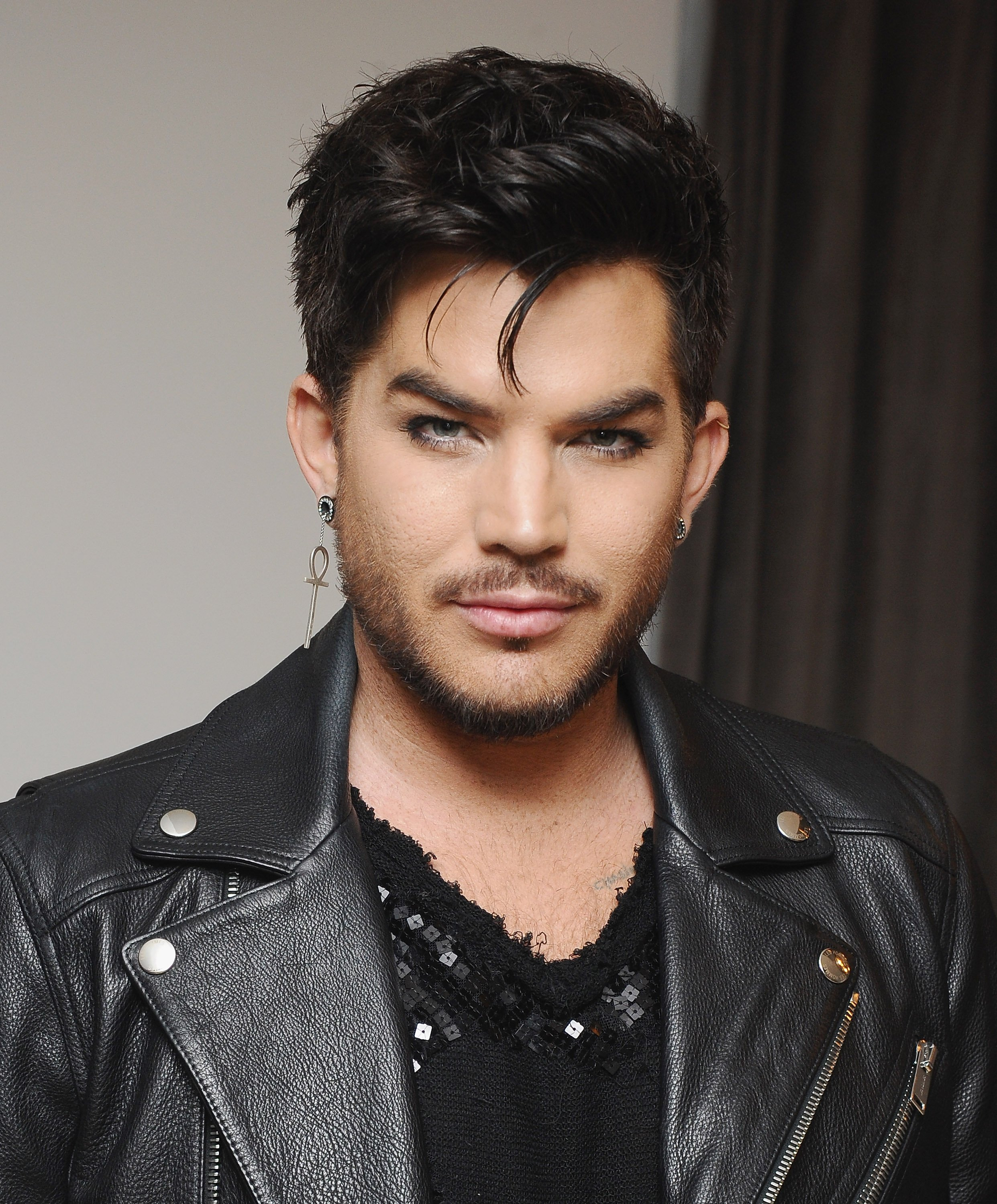 Adam Lambert attends Wolk Morais Collection 6 Fashion Show at The Hollywood Roosevelt Hotel | Photos: Getty Images
