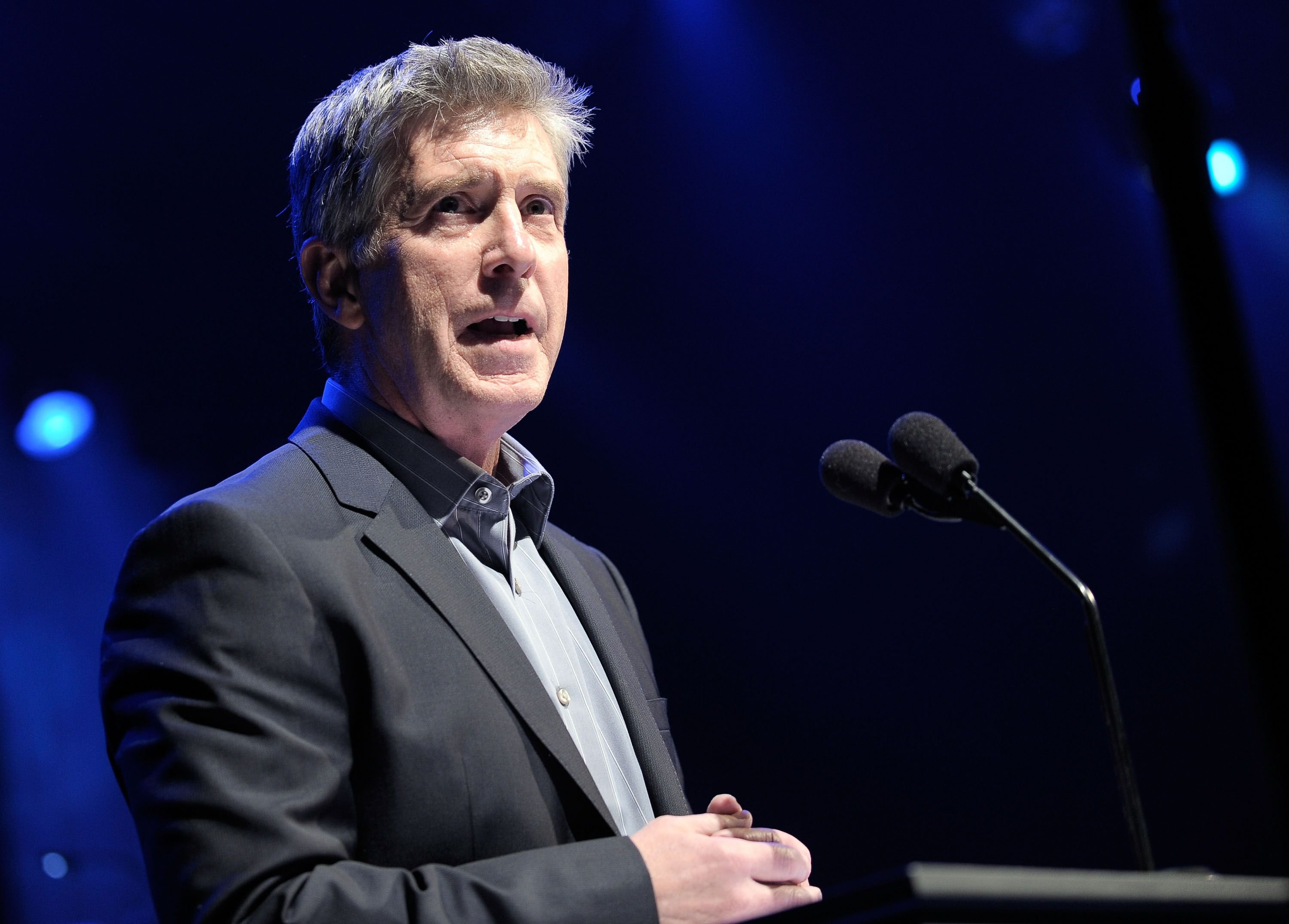 Host Tom Bergeron speaks onstage at UNICEF Playlist With The A-List at El Rey Theatre on March 15, 2012 | Photo: Getty Images