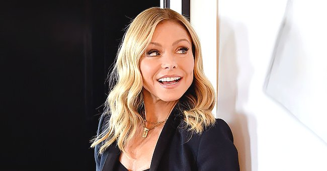 Kelly Ripa Shares Family's 2020 Christmas Card Featuring All 3 Kids — See the Gorgeous Snaps