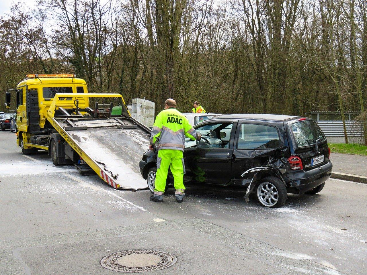 Une voiture endommagée lors d'un accident. | Photo : Pixabay