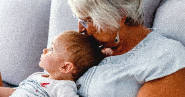 Grandmother spending time with her grandchild. | Photo: Shutterstock