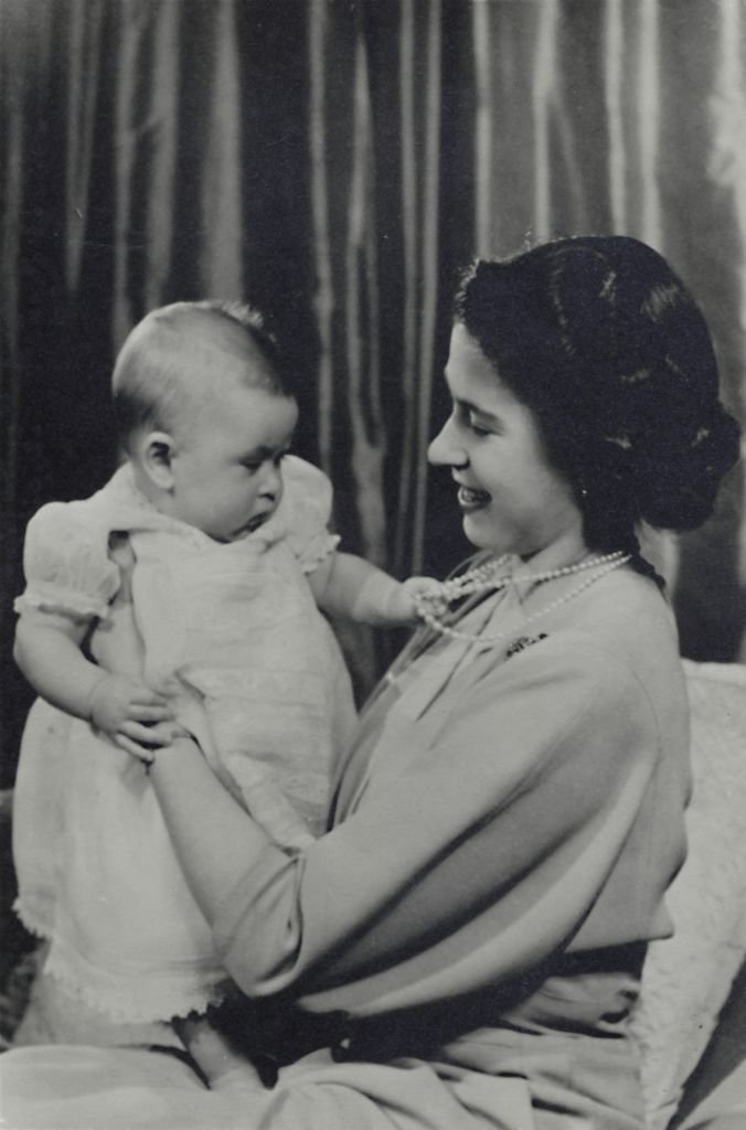 H.R.H. Princess Elizabeth and Prince Charles', 1948. The future Queen Elizabeth II and her firstborn, Charles Prince of Wales. | Source: Getty Images.