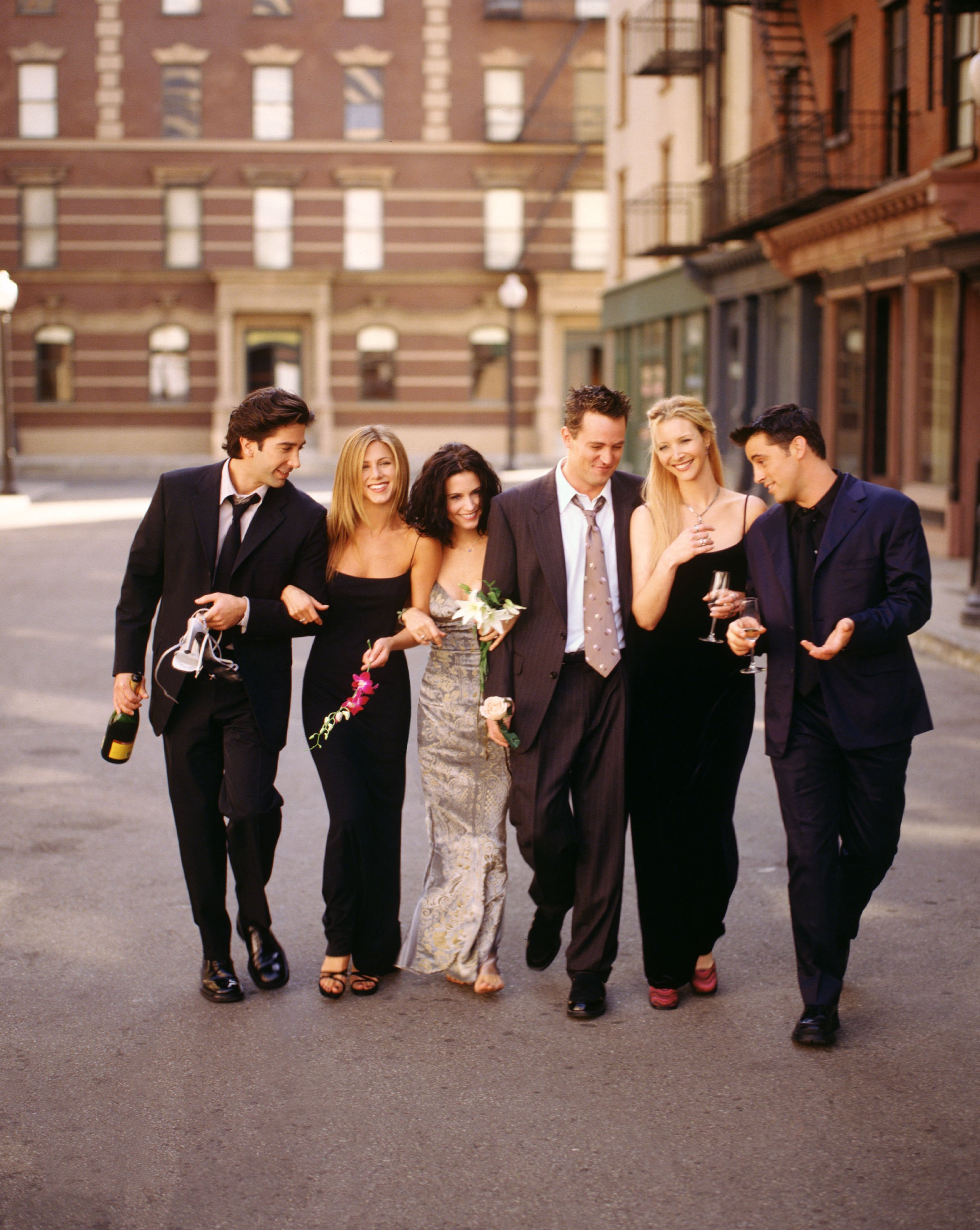 "A snapshot of the cast members of NBC's comedy series ""Friends"" including David Schwimmer, Jennifer Aniston, Courteney Cox, Matthew Perry, Lisa Kudrow, Matt LeBlanc taken in 2001. 