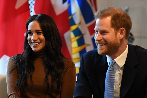 Prince Harry, Duke of Sussex and Meghan, Duchess of Sussex smile during their visit to Canada House in thanks for the warm Canadian hospitality and support they received during their recent stay in Canada, on January 7, 2020 in London, England.| Photo:Getty Images