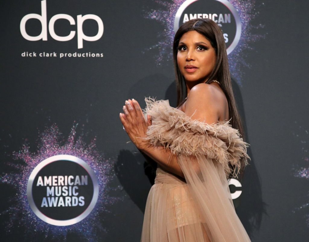 Toni Braxton poses in the press room during the 2019 American Music Awards at Microsoft Theater. | Source: Getty Images