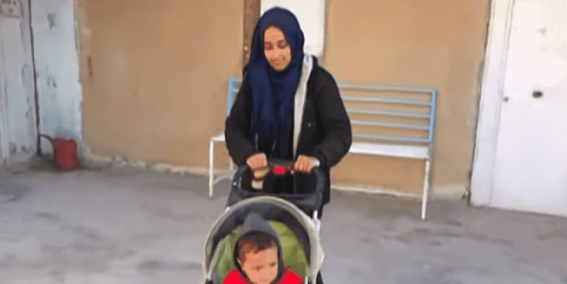 Hoda, Former Alabaman ISIS bride and her son | Photo: YouTube/News Live Now