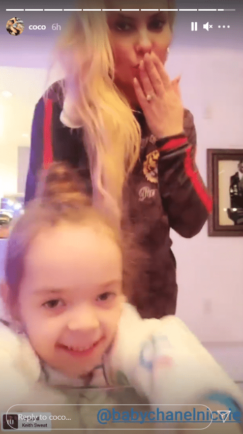 A photo of Chanel Nicole and her mom Coco Austin being goofy. | Photo: Instagram/Coco