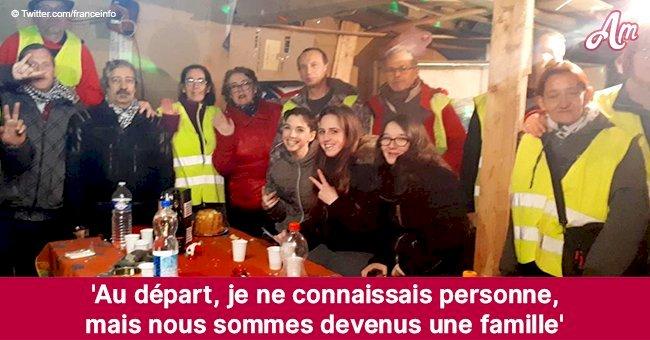 """Les Gilets jaunes célèbrent Noël: certains d'entre eux ont pu trouver une """"famille"""""""