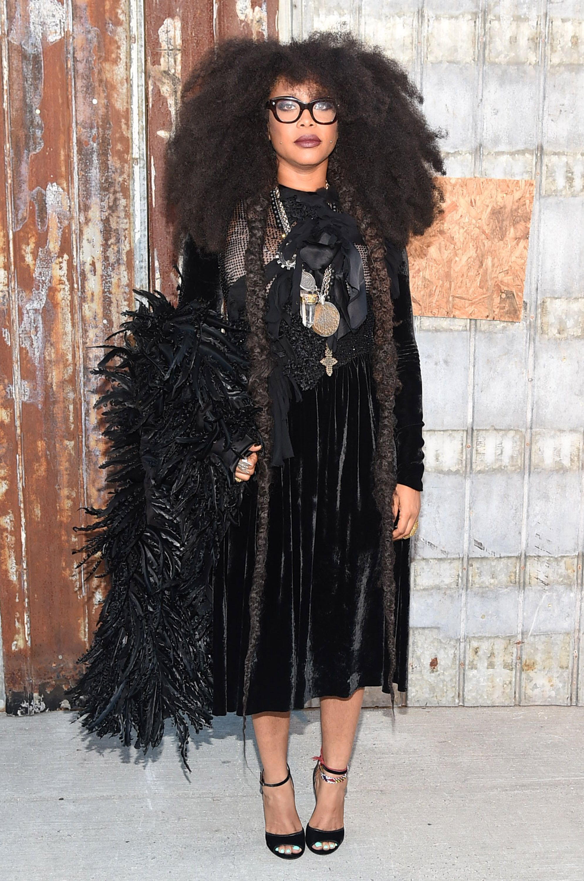 Erykah Badu at the Givenchy fashion show on September 11, 2015 in New York. | Photo: Getty Images