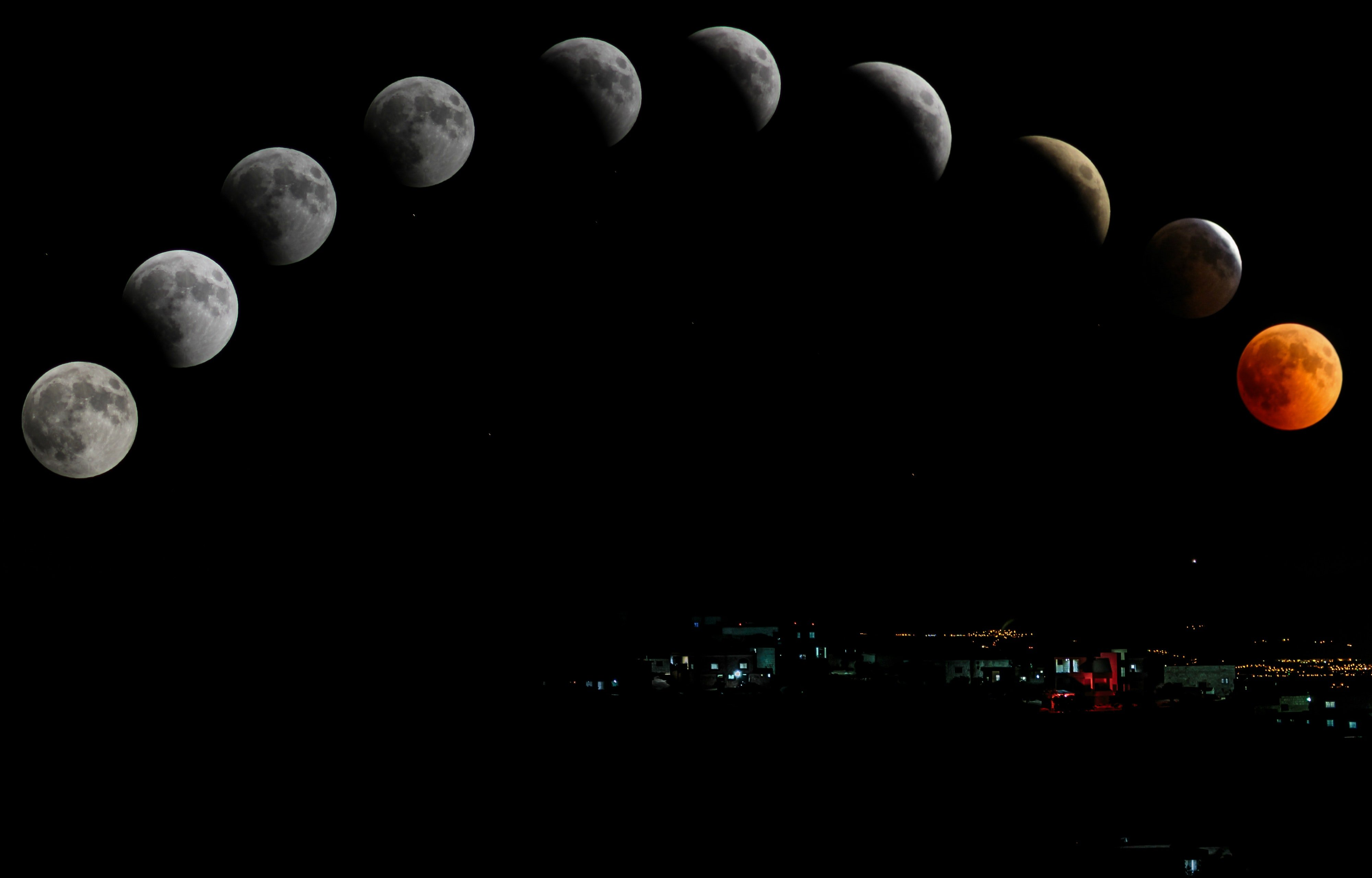 Timelapse photography of moon. | Source: Pexels