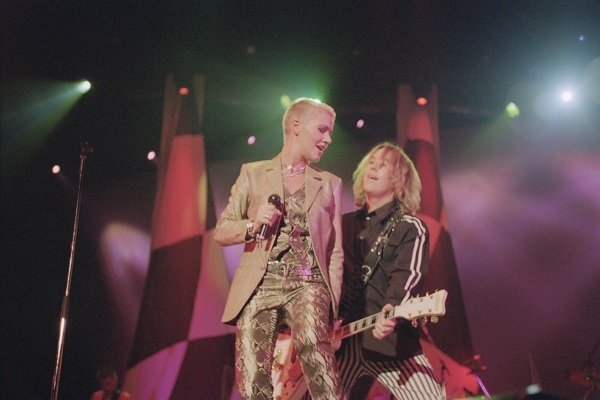 Marie Fredriksson and Per Gessle of Roxette at Wembley Arena in London on 8th November 1994 | Photo: Getty Images