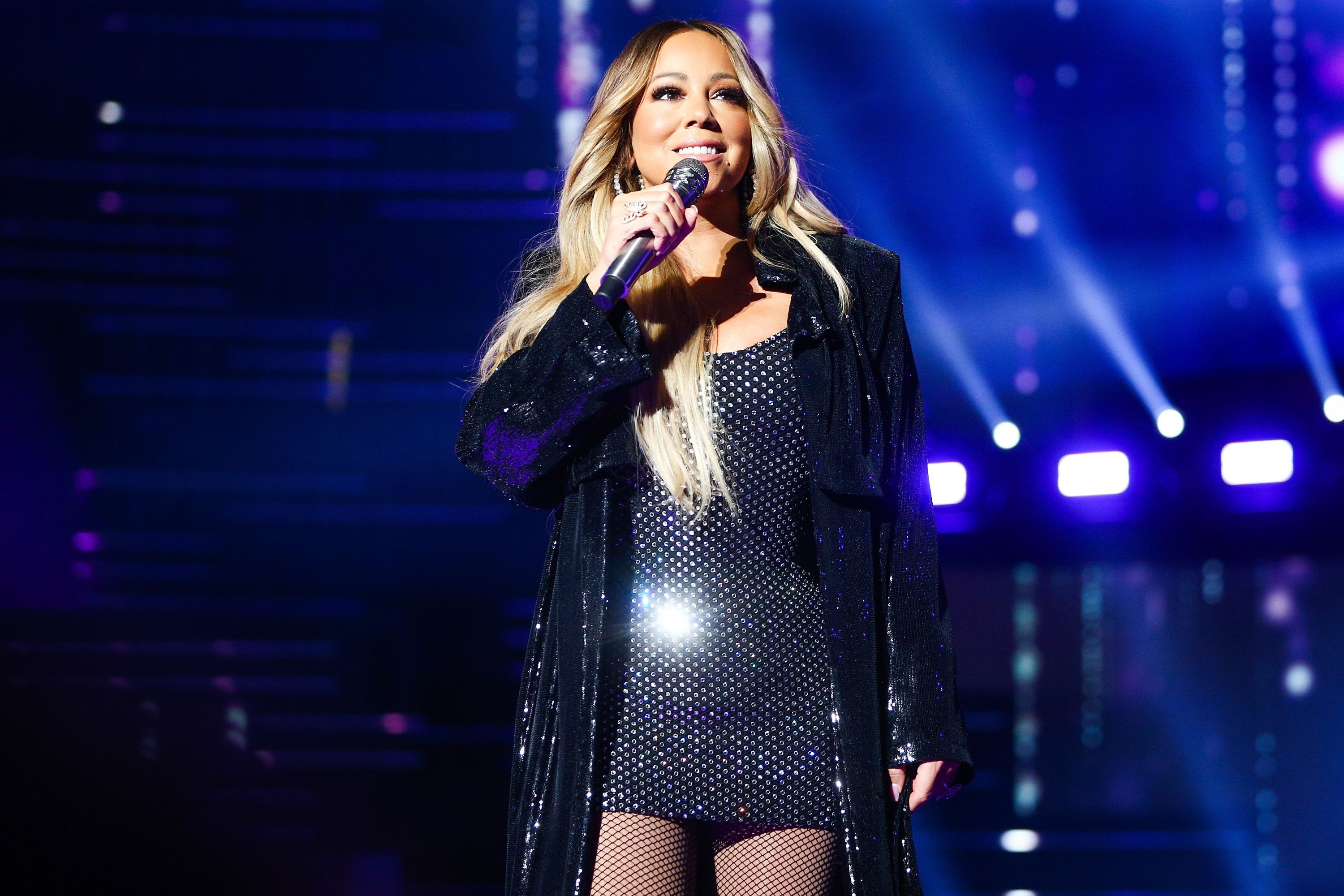 Mariah Carey performs on-stage at a concert | Source: Getty Images/GlobalImagesUkraine