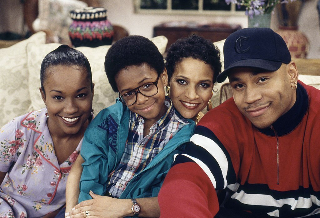 "Maia Campbell as Tiffany Warren, Jeffery Wood as Austin Warren, Debbie Allen as Jackie Warren, L. L. Cool J as Marion Hill on ""In the House"" 