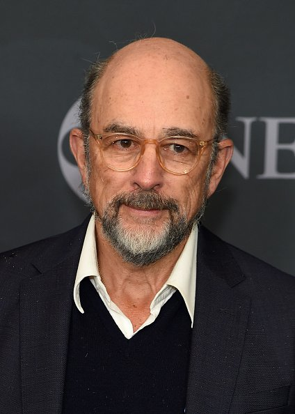 Richard Schiff assiste à l'ABC Walt Disney Television Upfront le 14 mai 2019 à New York. | Photo : Getty Images