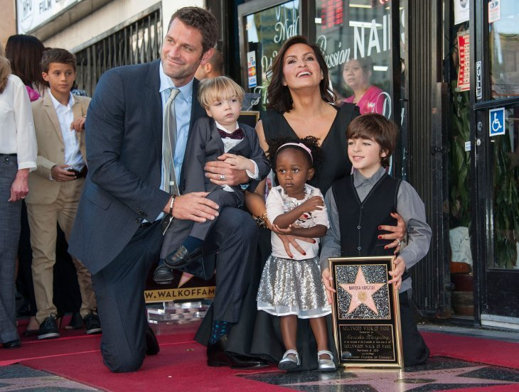 Mariska Hargitay with her husband and children. I Image: Getty Images.