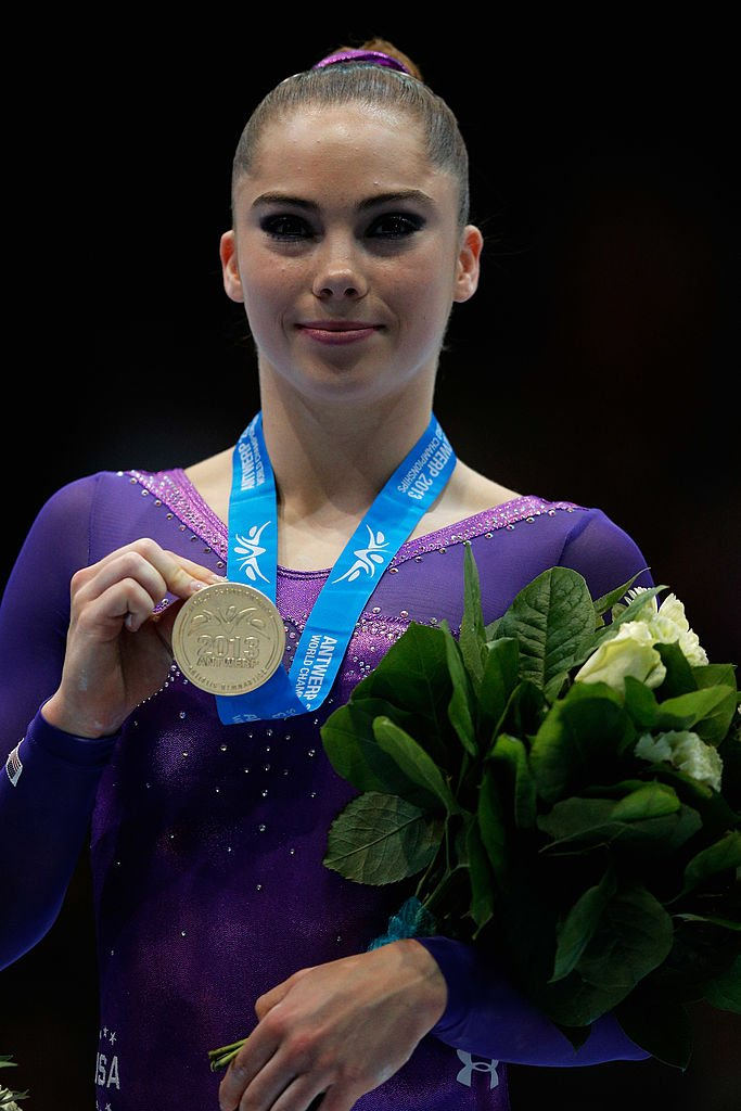 McKayla Maroney of USA poses after winning the Gold medal in the Vault Final in Belgium 2013 | Photo: Getty Images