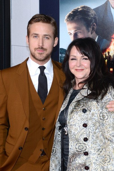 Ryan Gosling and Donna Gosling at Grauman's Chinese Theatre on January 7, 2013 in Hollywood, California. | Photo: Getty Images