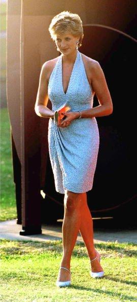 La princesse Diana arrive à la Serpentine Gallery de Londres | Photo: Getty Images