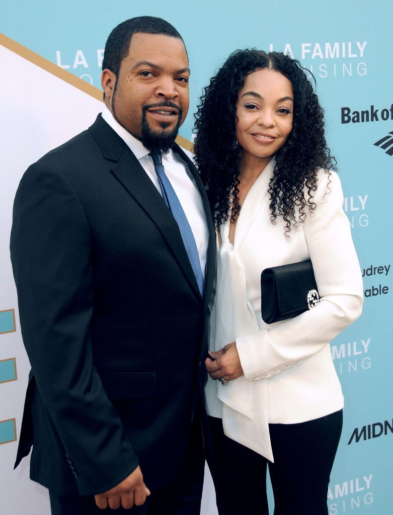 Ice Cube and wife Kimberly Woodruff attend LA Family Housing 2017 awards. | Photo: GettyImages