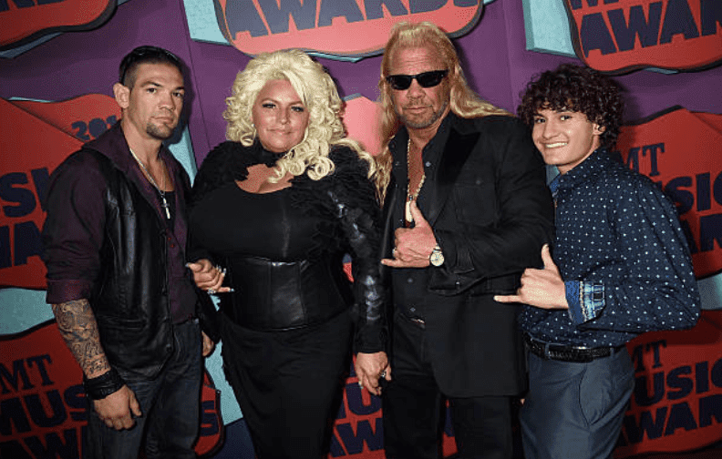 Leland Chapman, Beth Chapman, Duane Chapman on the red carpet for the 2014 CMT Music awards, on June 4, 2014, in Nashville, Tennessee | Source: Getty Images