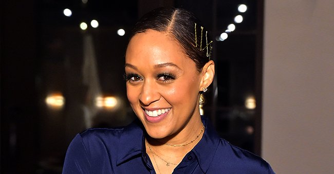 Tia Mowry Debuts a New Look as She Flaunted Long Wavy Hair and Smokey Makeup in New Photo