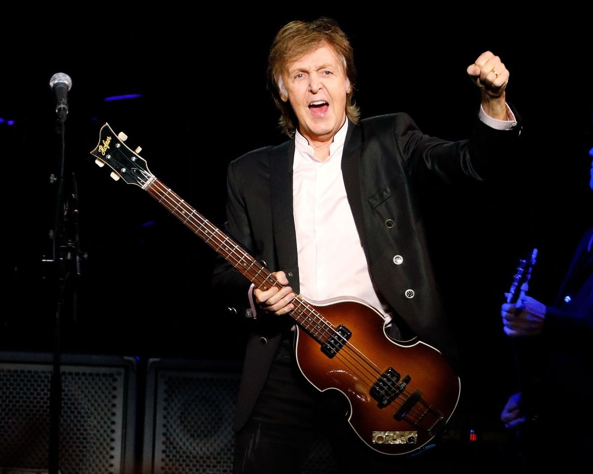 Paul McCartney performs at Barclays Center on September 21, 2017 in New York City. | Source: Getty Images