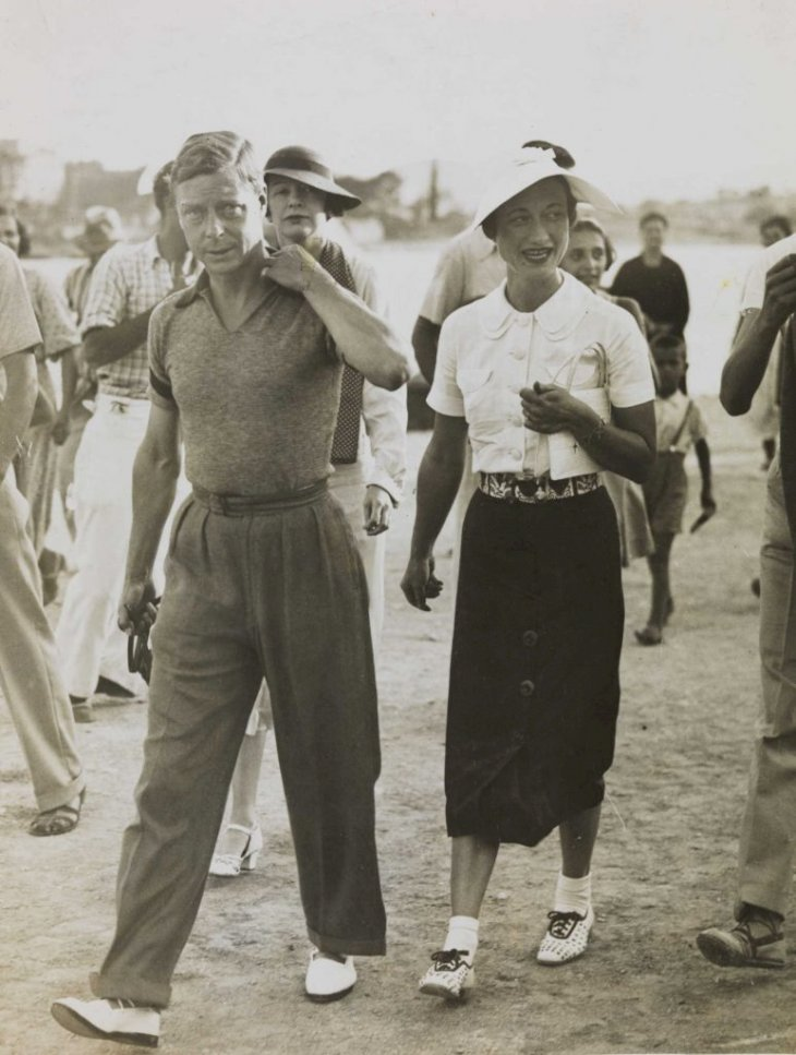 By National Media Museum from UK - King Edward VIII and Mrs Simpson on holiday in Yugoslavia, 1936. Uploaded by Sporti, No restrictions,