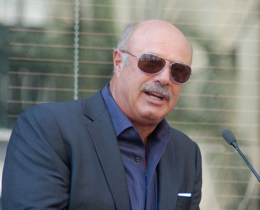 Dr. Phil McGraw on May 13, 2013 in Hollywood, California | Photo: Wikimedia Commons