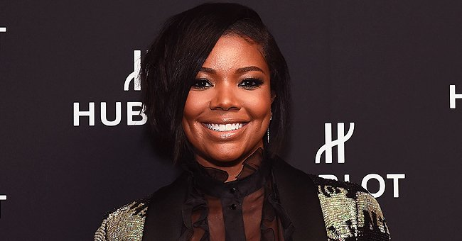 Gabrielle Union Shares Video of Daughter Kaavia Swimming with Mom in Pool during Quarantine