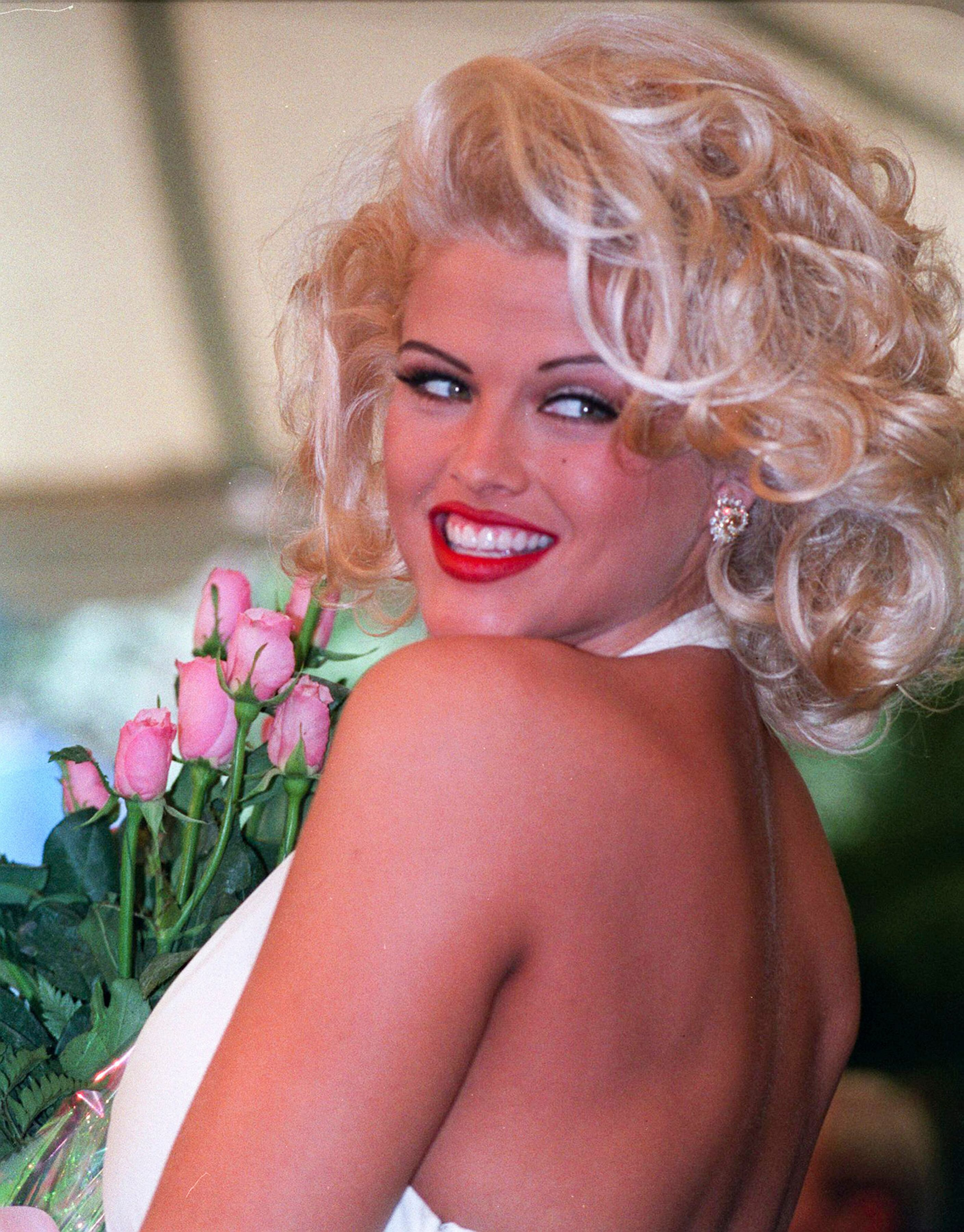 American model, actress and television personality Anna Nicole Smith. | Source: Getty Images
