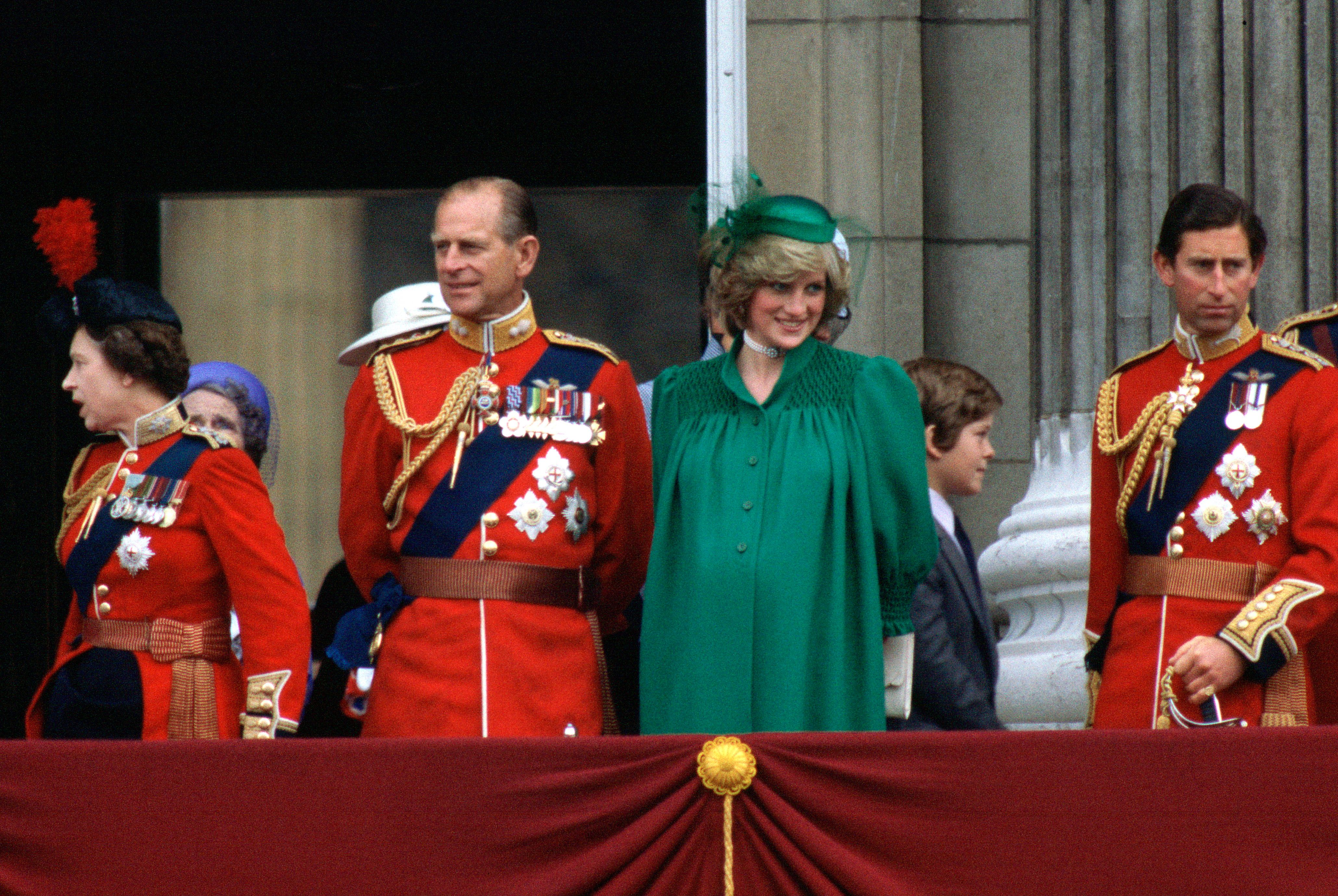 Princess Diana with Prince Philip Standing on the Balcony Of Buckingham Palace to watch Trooping The Colour on June 12, 1982 | Photo: Getty Images
