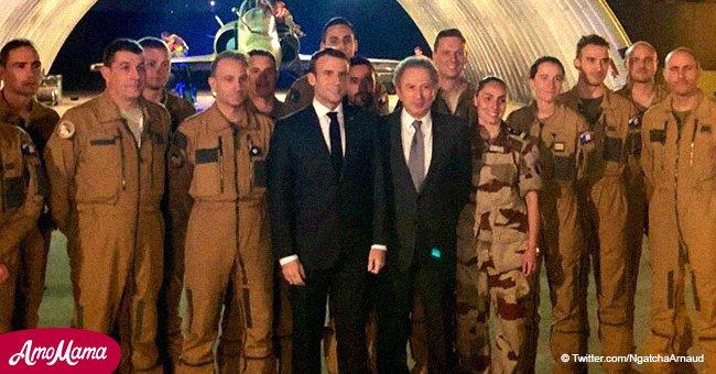Emmanuel Macron a rencontré les troupes françaises au Tchad, accompagné d'un invité inattendu de France 2