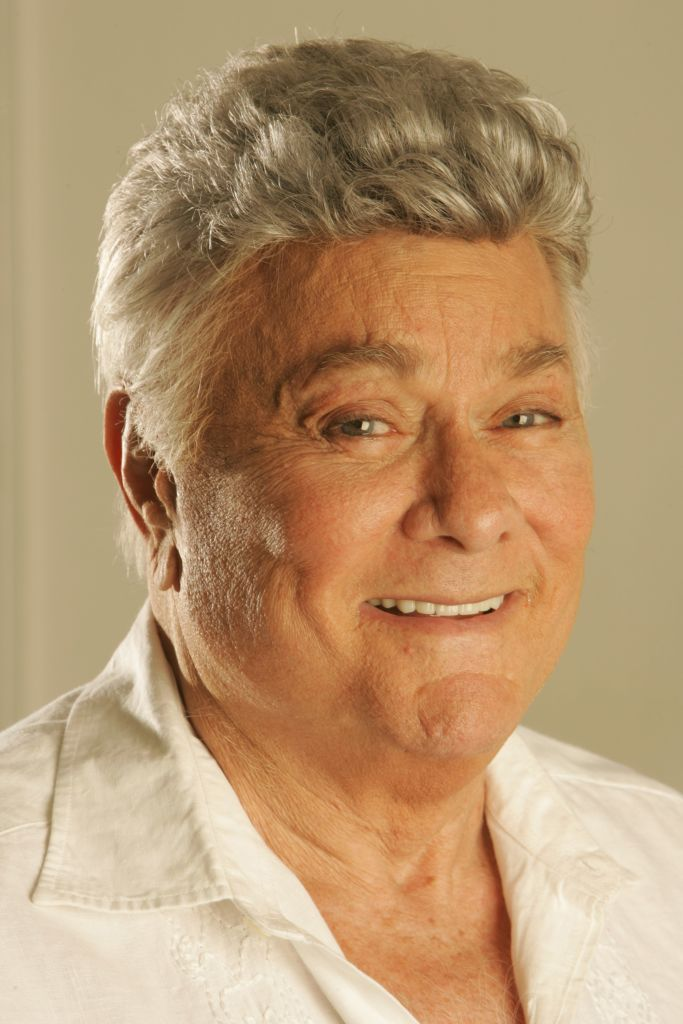 A potrait of Tony Curtis taken at his home on August 10, 2006   Photo: Getty Images