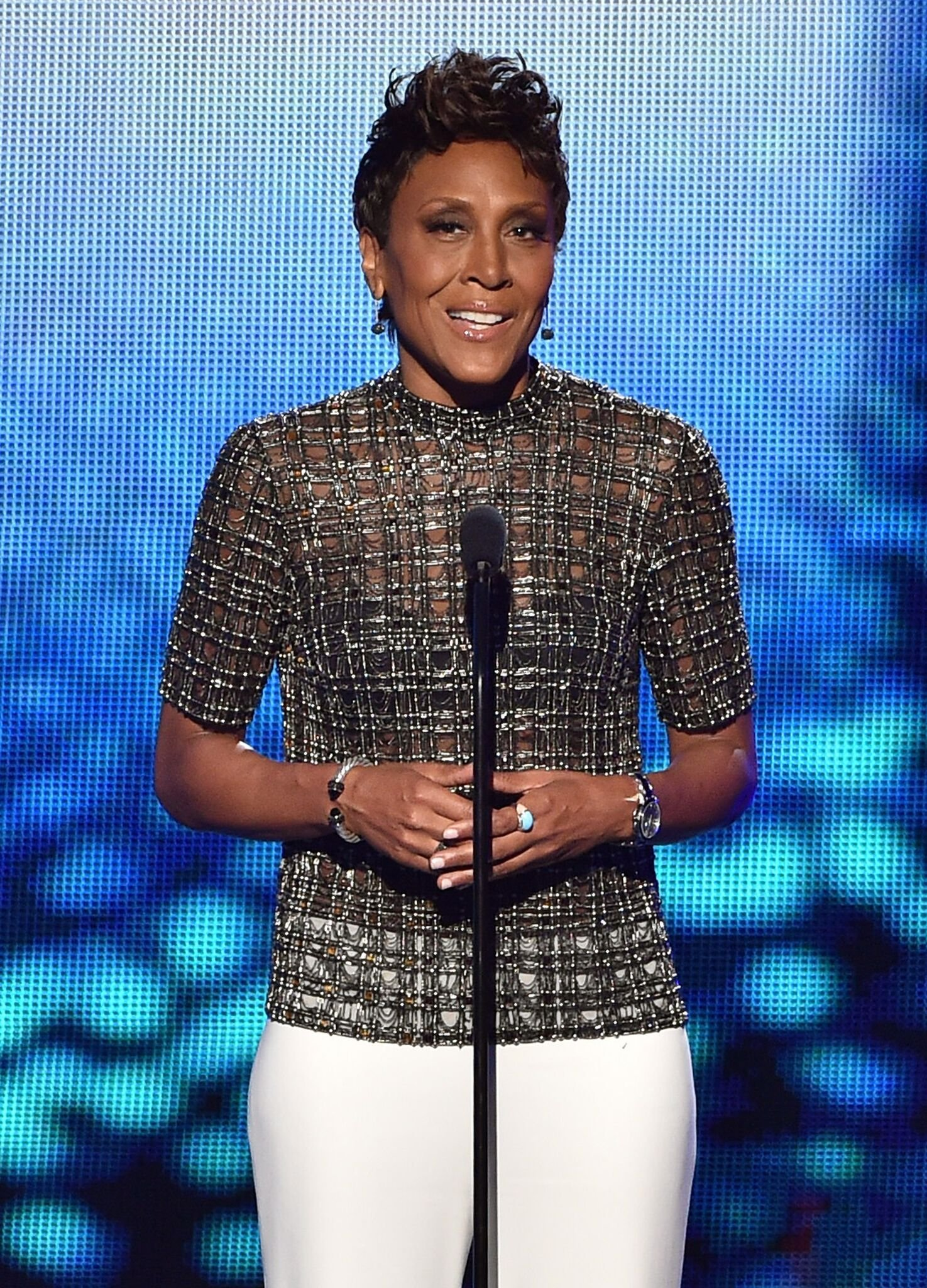 TV personality Robin Roberts speaks onstage during The 2015 ESPYS at Microsoft Theater | Getty Images