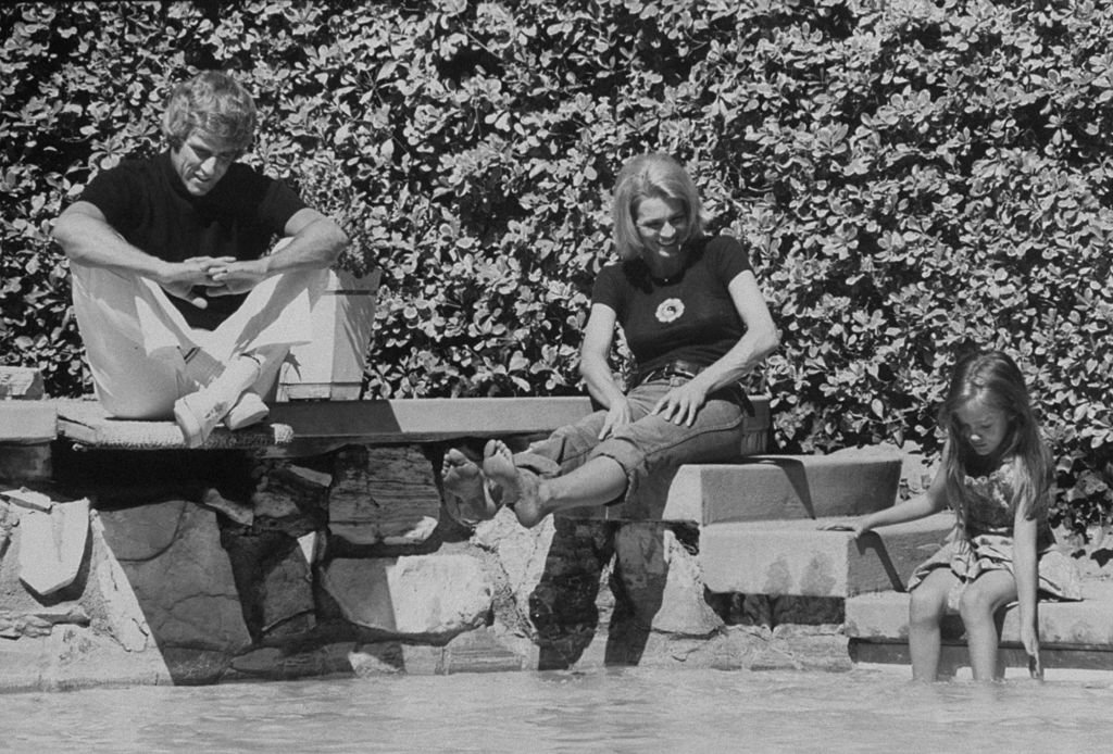 Composer Burt Bacharach Jr. (L) and his actress wife Angie Dickinson watching their daughter play in the water in Hollywood in 1974.   Source: Getty Images
