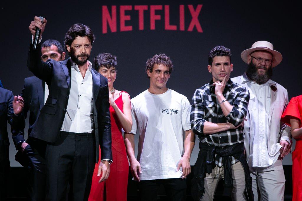 Álvaro Morte asiste a la 3ª Temporada de 'La Casa de papel' de Netflix en el cine Callao.| Fuente: Getty Images
