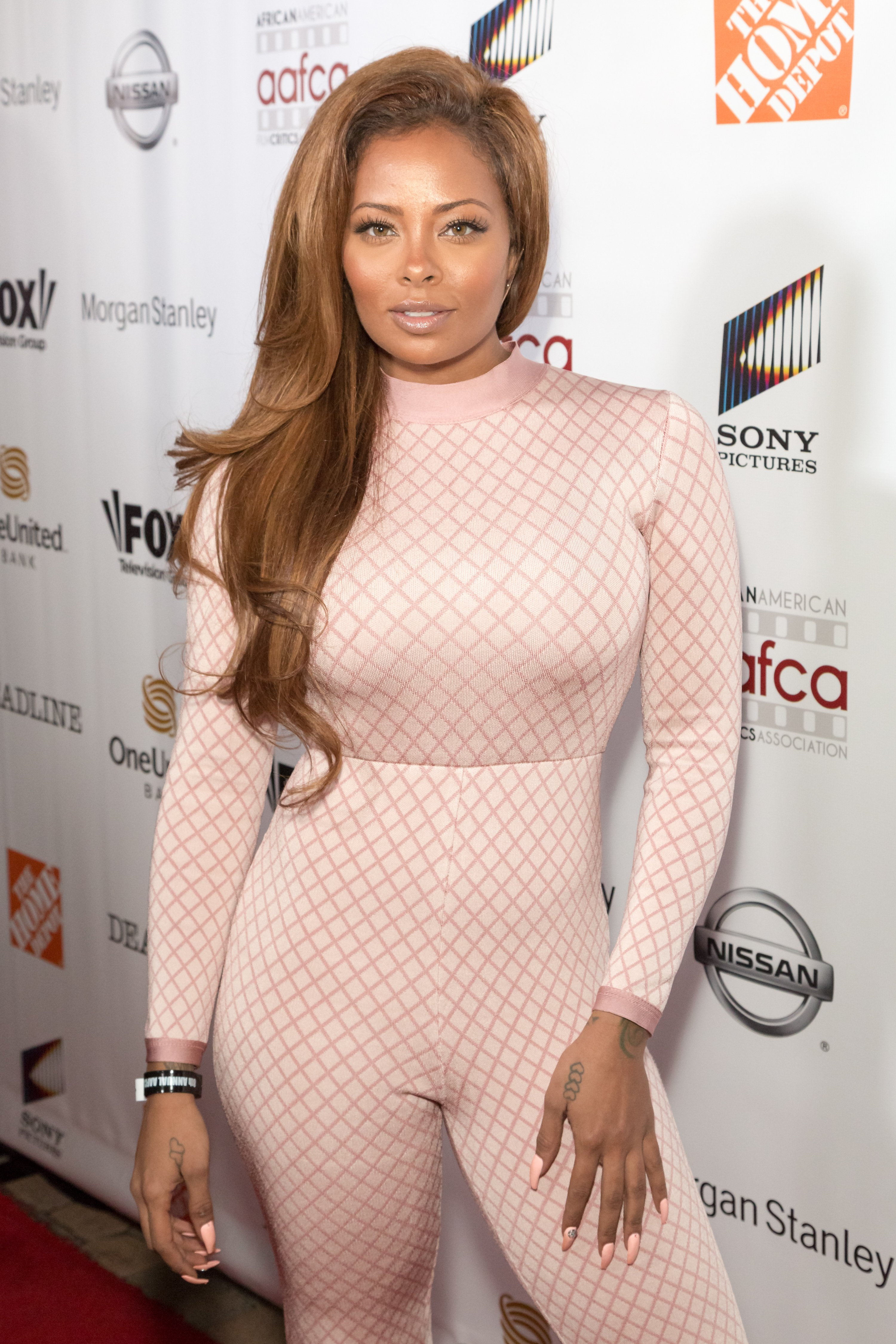 Eva Marcille at the red carpet of the 8th Annual AAFCA Awards in Los Angeles in February 2017.   Photo: Getty Images