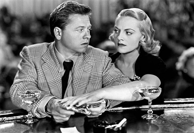 "Mickey Rooney et Jeanne Cagney dans le film ""Quicksand"" en 1950. 