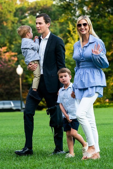 Jared Kushner (C-L) and Ivanka Trump (R) walk with their children Theodore (L) and Joseph (C-R) across the South Lawn as they return from a weekend stay in Bedminster, New Jersey at the White House on July 29, 2018 in Washington, DC | Photo: Getty Images