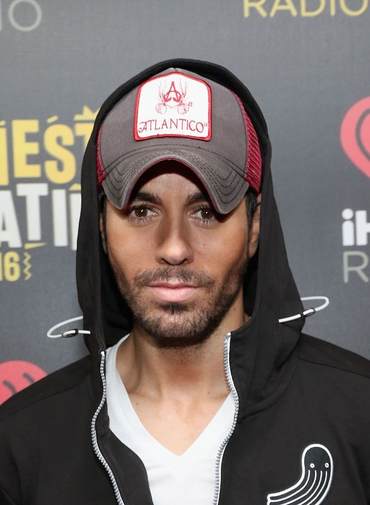 Musician Enrique Iglesias attends iHeartRadio Fiesta Latina at American Airlines Arena on November 5, 2016 | Photo: Getty Images