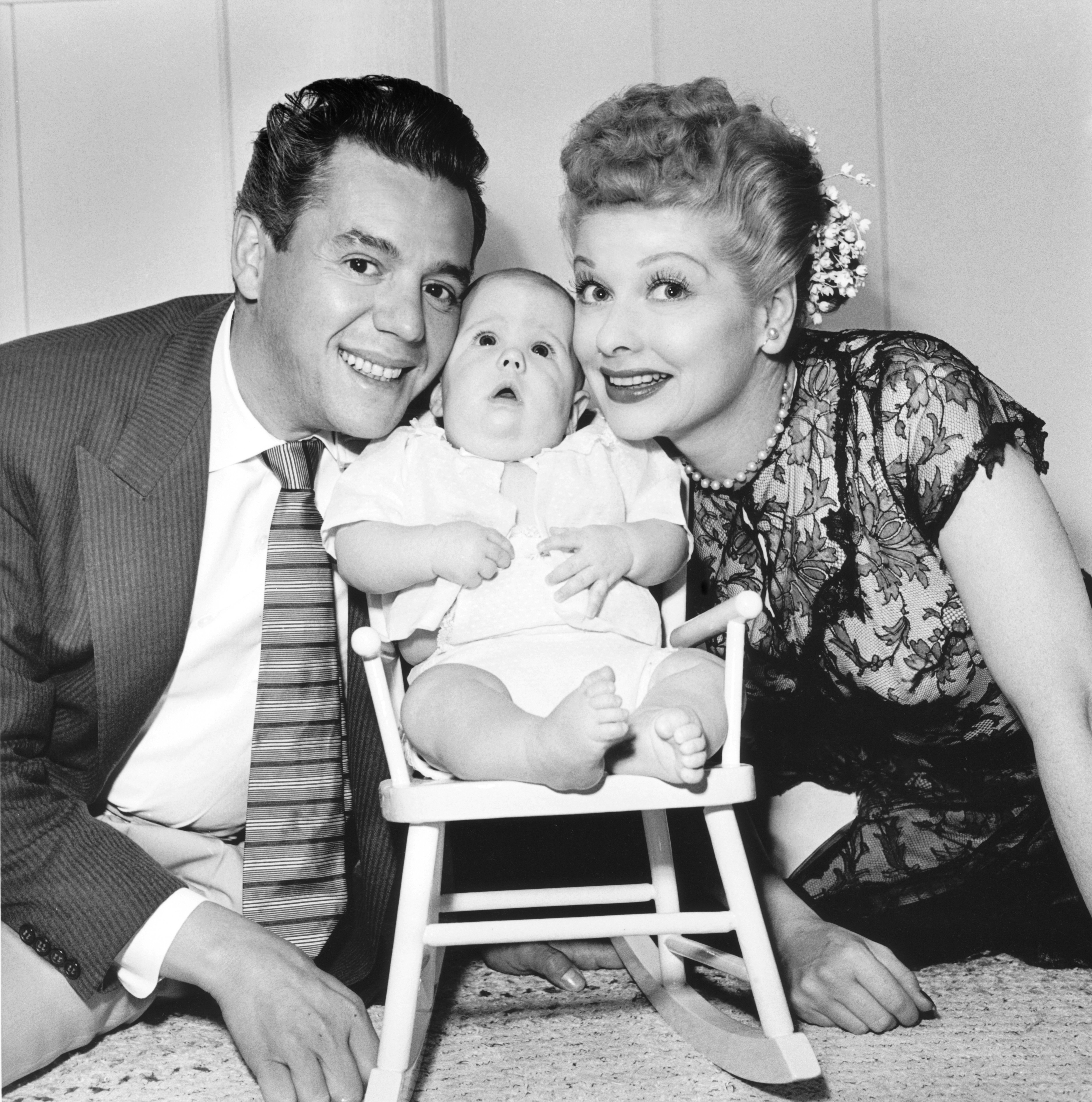 Lucille Ball and Desi Arnaz with a baby | Photo: Getty Images