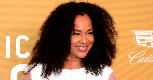 LisaRaye McCoy Glows in a Black and White Outfit during Her Recent Instagram Story – Take a Peek at Her Outfit