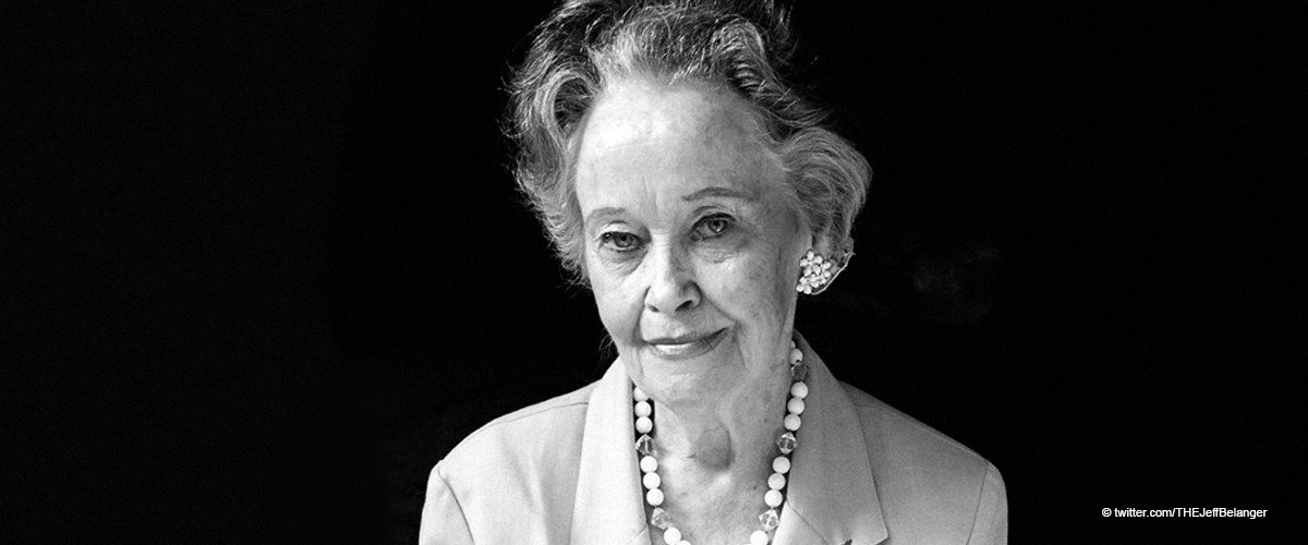 """Lorraine Warren Who Inspired the """"Conjuring"""" Horror Franchise Dies at 92"""