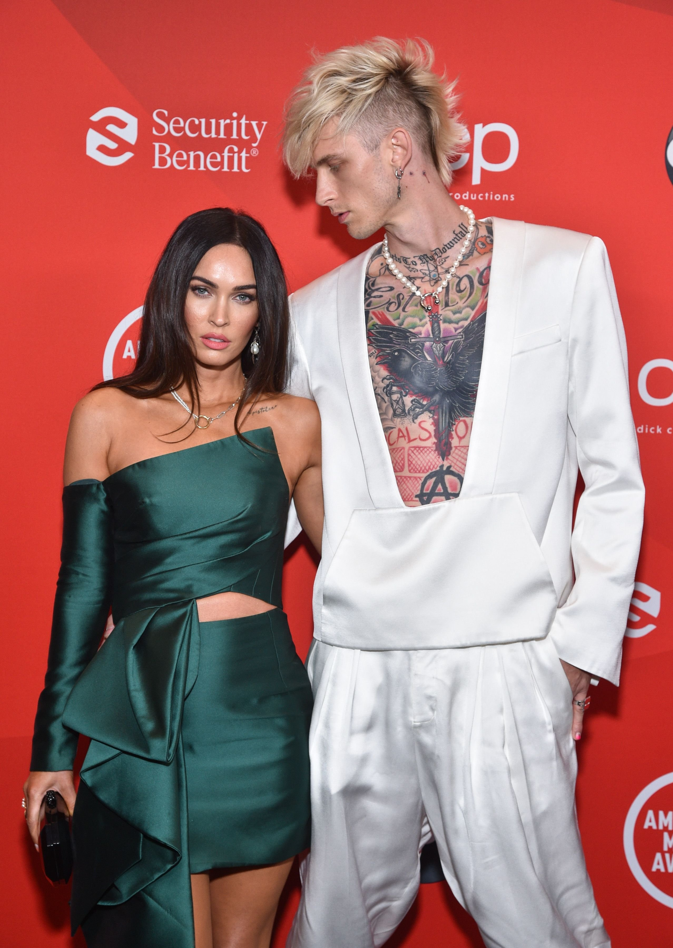 Megan Fox and Machine Gun Kelly at the 2020 American Music Awards in Los Angeles   Source: Getty Images