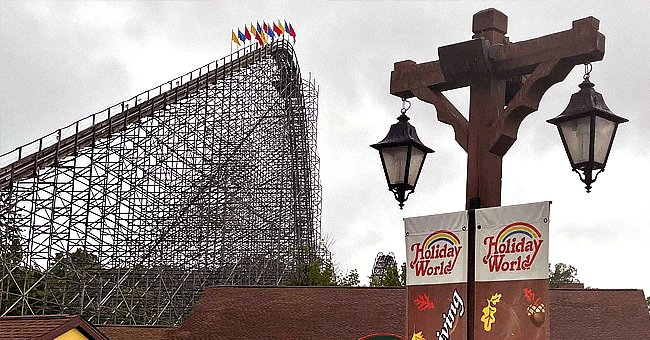 47-Year-Old Ohio Woman Dies of Yet-Unknown Cause on Roller Coaster at an Indiana Theme Park
