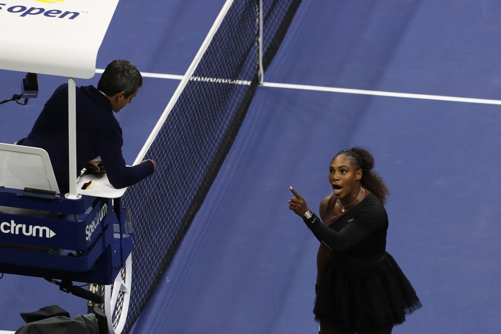 Serena Williams argues with umpire Carlos Ramos during the 2018 US Open on September 8, 2018 | Photo: GettyImages