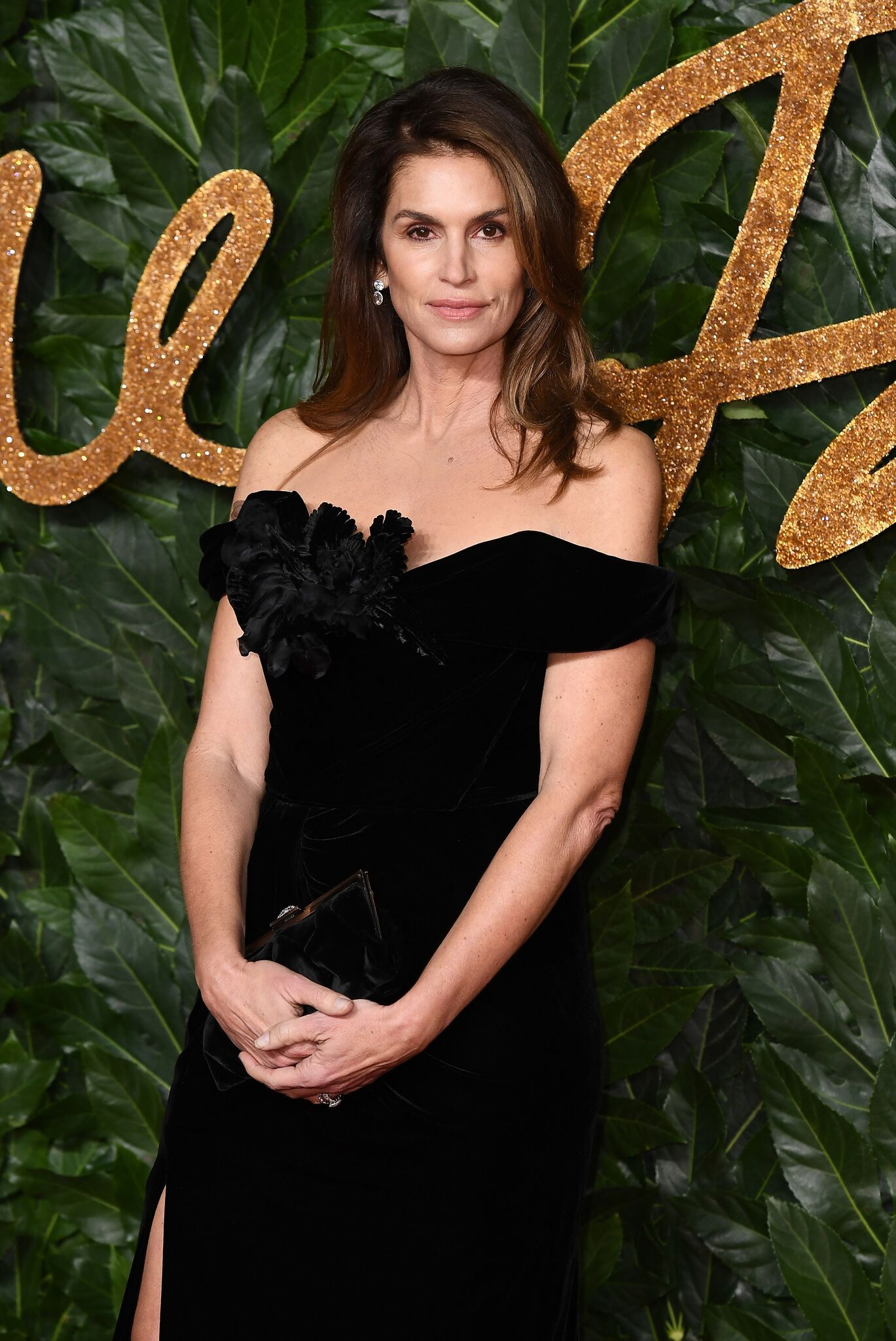 Cindy Crawford arrives at The Fashion Awards 2018 In Partnership With Swarovski at Royal Albert Hall  | Getty Images