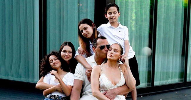 Alex Rodriguez Has a Lot to Be Thankful for This Year — Glimpse at His Family's Celebration