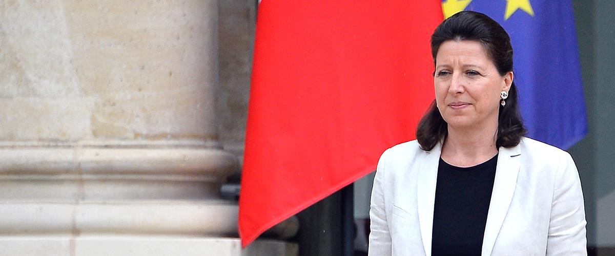 Invitation d'Agnès Buzyn à adapter le style vestimentaire à la chaleur